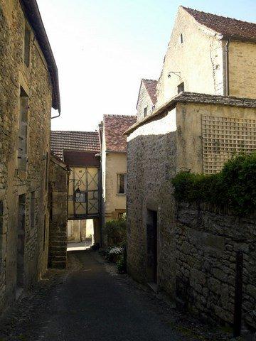 Flavigny-sur-Ozerain village médiéval