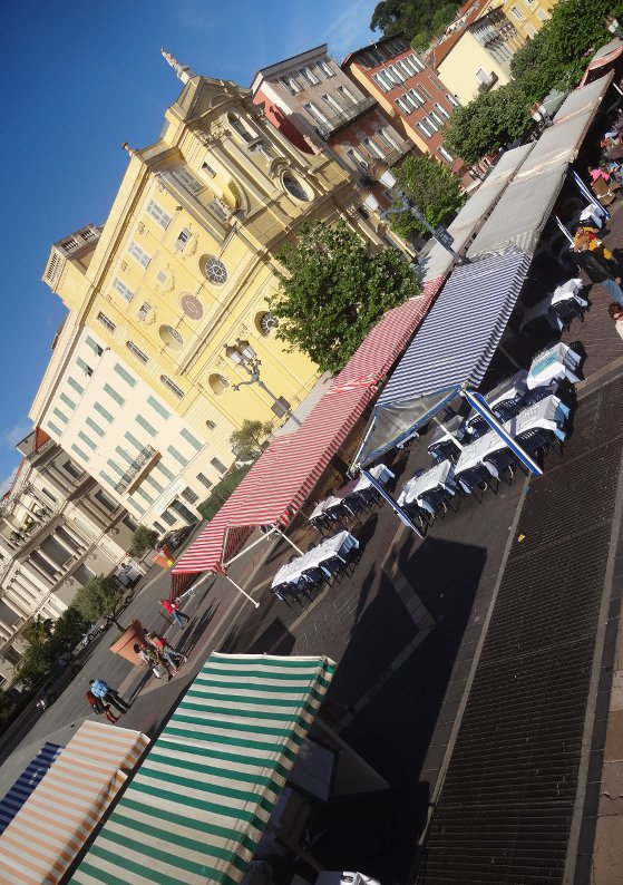 Nice FR 06, Vieux-Nice (Cours Saleya), 28/04/2019, by / par Terence DEN HOED