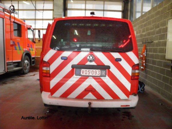 Nouveau véhicule officier ( V30 )