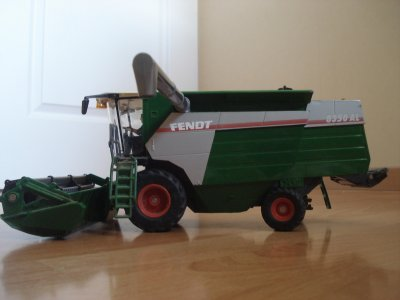 Ma moissonneuse batteuse Fendt 8350 AL