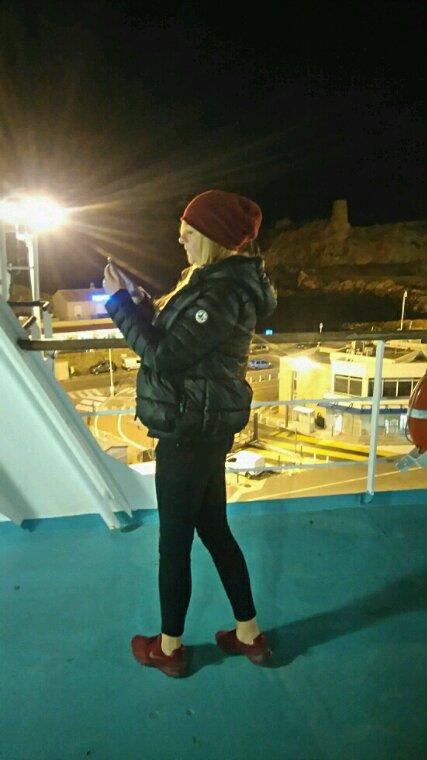Moi sur le bateaux retour corse