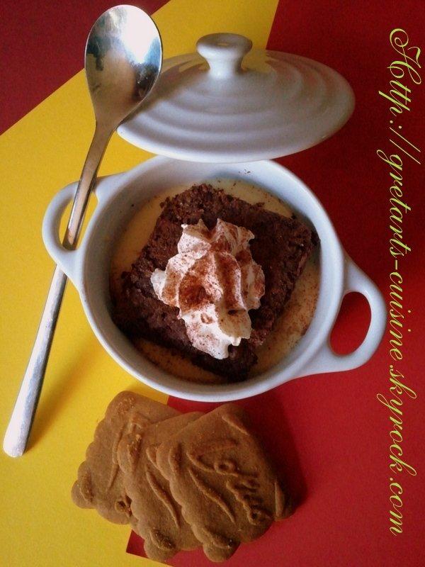 brownies au chocolat noisettes et sa crème anglaise