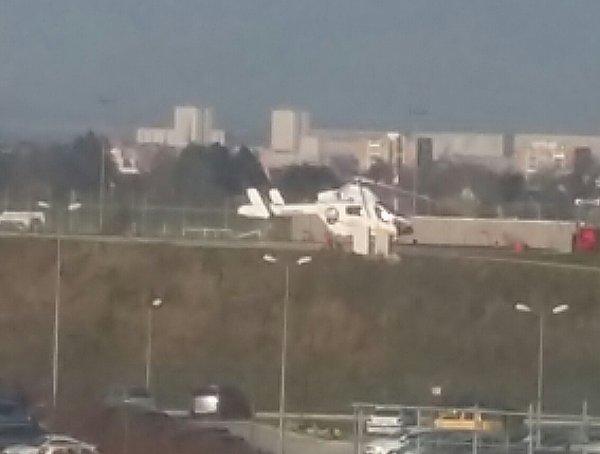 Hélicoptère samu 80 au Chu Amiens sud