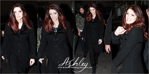 """.   17 décembre 2010  - Ashley arrivant au """" Best Buy """" puis signant des autographes pour le DVD """" Eclipse"""". TOP, BOF ou FLOP pour sa tenue ? ;) ."""