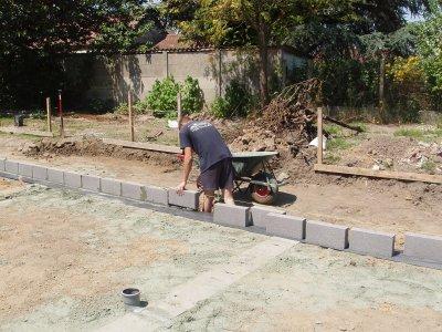 un nouveau chantier de a à z le terrassement, les fondations et la dalle de sol