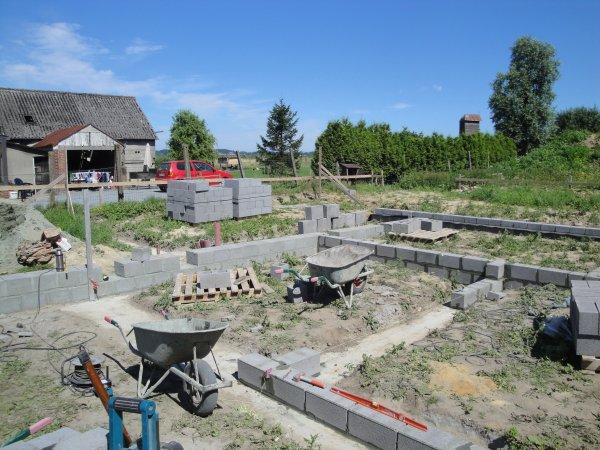 Suite blocs de fondation réseau d'égouttage