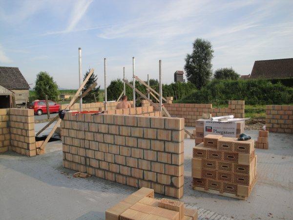 Dalle maçonnerie blocs et briques
