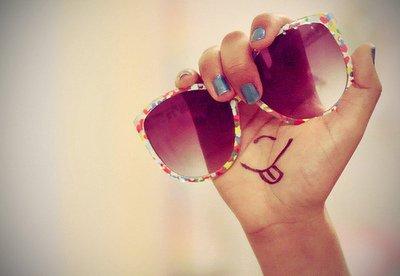 ☮ La vie est courte. Le temps passe vite. Les gens partent vite. Les Meilleurs moments ne durent qu'un court instant ... ☮