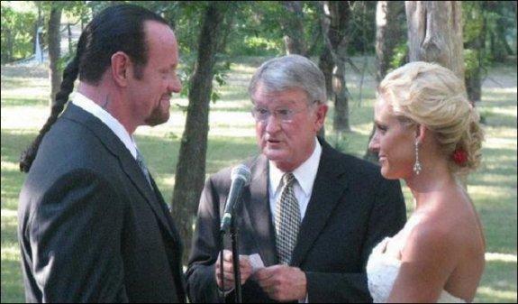 Mariage de The Undertaker et Michelle mccool ^^
