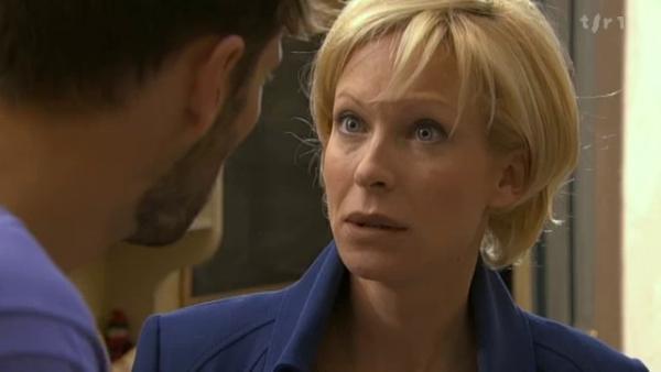 Thomas decouvre que Céline a fait un faux temoignage pour Vivien  ( EPISODE 1705 - 22/04/2011 )