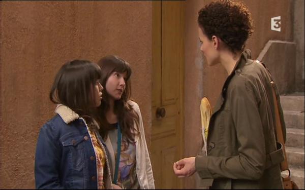 Adrianna propose a Ophelie de venir diner a la maison , mais elle refuse  ( EPISODE 1706 - 25/04/2011 )
