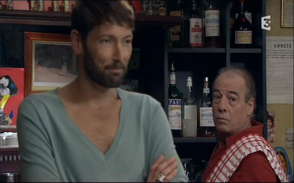Frémont fait croire a Roland qu'il vont metre un bar a vin a la place de la boutique  ( EPISODE 1706 - 25/04/2011 )