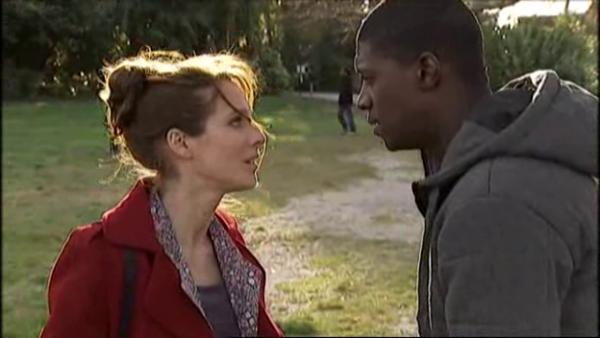 Estelle n'a plus confiance en Djawad pour leur redonner une seconde chance a leur couple   ( EPISODE 1709 - 29/04/2011 )