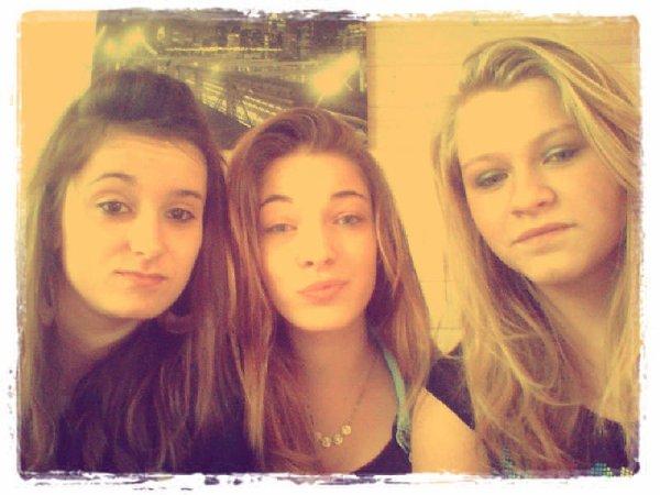 Emmie, Noeli & Moi