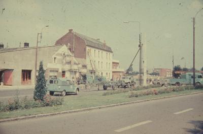 Rénovation du Caméléon ,  Apres le Dancing ( tango , valse  musette Marciniak ) Voici   les Années  CAMELEON  Super  Club  Discothéque  2000  Places  et  ses Premiers   Disc-Jokey   Dans la Région  1968 - 1974 .