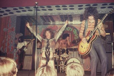 Groupes et Chanteurs venus en Concert au Caméléon - MARC TOBALY  du groupe   les VARIATIONS (15 septembre 1968 et 3 mai 1970)
