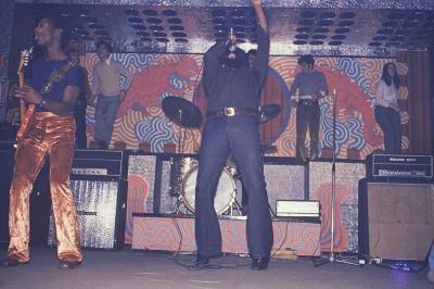 THE- SOUL- FISHER  - 1968  en Concert  sur la scène su Caméléon .