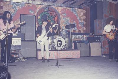 THE CHOCK FOUL en Concert sur la Scéne du Camélèon  1968 - 1974 .