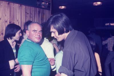 Photos Archives personnelles de M José Deregnaucourt (1968 -1973 ) Le vestiaire du CAMELEON
