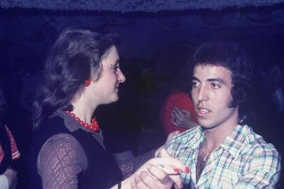 Photos Archives personnelles de M José Deregnaucourt , les  Années  du  Camélèon  super  dancing  2000  places à Condé  / sur  / Escaut  , 1968 -1974 .
