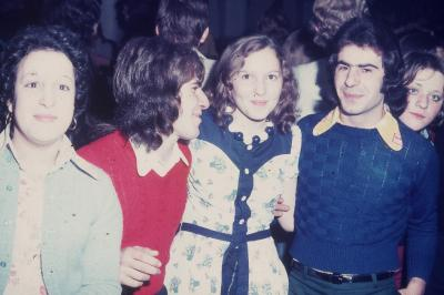 Photos Archives personnelles de M José Deregnaucourt  ,  les Années du Camélèon  1968  -  1974  .