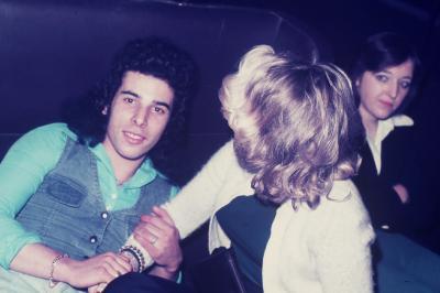 Photos Archives personnelles de M José Deregnaucourt  1968  - 1974 , SUPER DANCING DISCOTHEQUE LE CAMELEON A CONDE  / SUR  / ESCAUT  59163  FRANCE  .