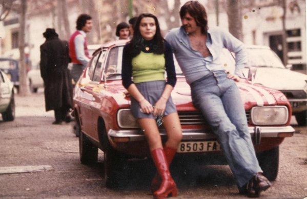 Les annees Caméléon ,Photos en vrac (Archives personnelles de M José Deregnaucourt) de 1968 à 1974,Paul Symaniak  ,la cousine de Daniel François (moustache a l'arrière de la voiture et Pépino Cascogne en pull rouge .