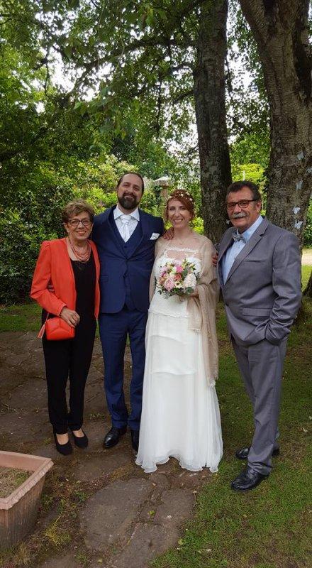 Félicitations aux jeunes mariés et aux heureux parents Danièle et Michel Butul notre copain