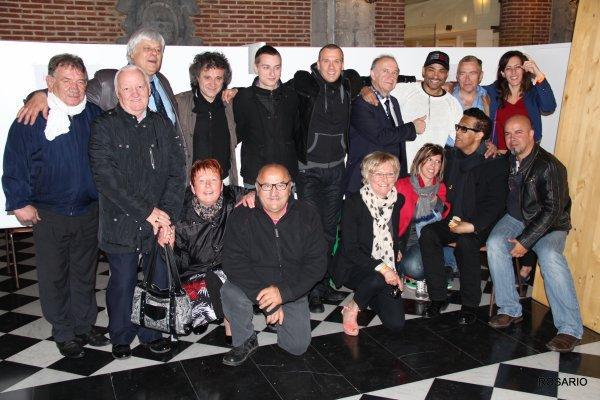 Fête de nuit de Condé sur Escaut Juin 2012   , Georges en compagnie de ses amis et Artistes  ( photos Rosario ) .