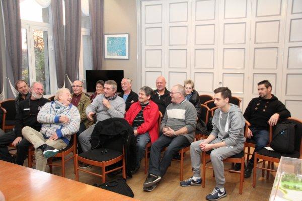Association les Gants du Nord , réunion Mairie de Vieux Condé ( Nord )  avec adjoints et tous les anciens Boxeurs du Canton de Condé dont beaucoup sortaient le week-end au Caméléon .