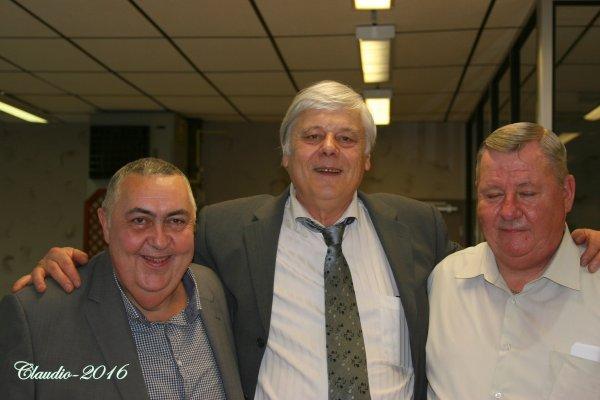 Une bien belle soirée entre Amis  ( la suite )   Mr Vinchon ( les Amis du Caméléon ) et Vigon .