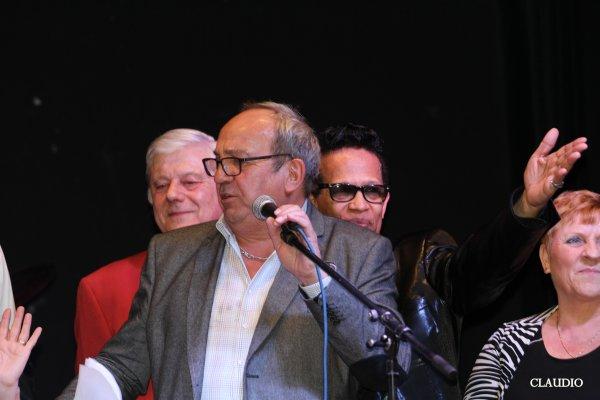 Soirée  Bad ' In Age du samedi 18 mars 2017 , salle des fêtes Ville de Marly  .