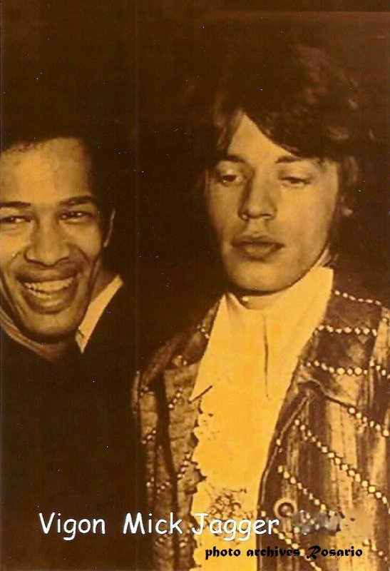 Les Rolling Stones en concert en France du 19 aux 22 octobre 2017 à Nanterre 92000 ;  Mick Jaeger et Vigon en concert dans  les années Sixties .