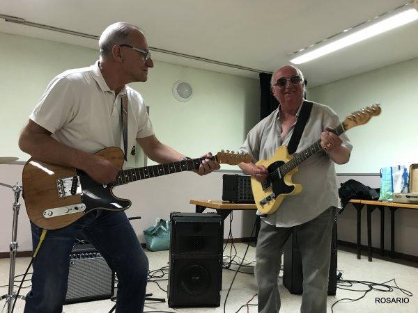 Remerciement à la ville D'Hergnies pour la salle , à Rosario pour les photos et à Antoine Dumoulin qui est passé nous voir  .