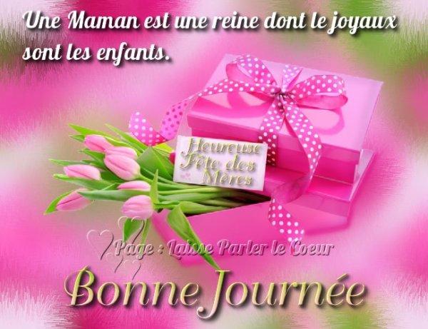 Bonne fête à toutes les mamans du monde agréable journée.
