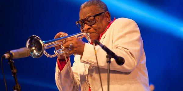 Une bien triste nouvelle Ernesto Tito nous a quitté le 08/ 06 / 2017 à l'âge de 88 ans il était chef d' orchestre des Lemon's de 67 à 70 le groupe Soul Music de VIGON.