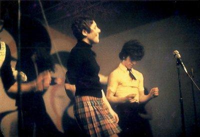 1968 - 1974 LES ANNÉES DE NOTRE DISCOTHÈQUE , DANCING SUPER CLUB 2000 PLACES , LE CAMÉLÉON A CONDÉ / SUR / ESCAUT 59163 NORD , CHEZ EUGÈNE ( MARI-JO )