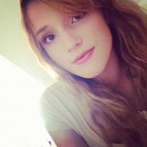 Photos Twitter de Bella Thorne!