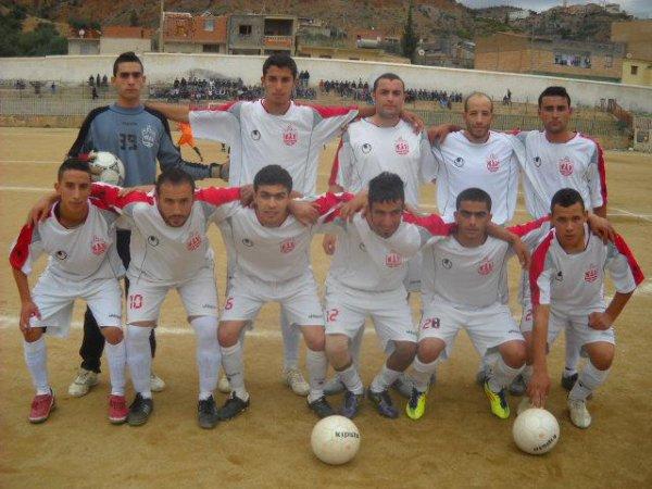 notre équipe de football WAV ( widad ath vouali) saison 2012/2013