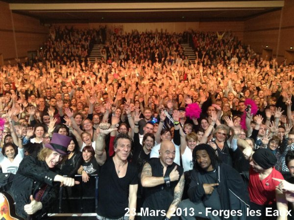 Photos article : @ObispoPascal de retour en France - Valenciennes, Roubaix, Forges les eaux -