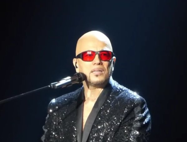 Une Chanson/Une Histoire : @ObispoPascal rend hommage à #EtienneRodaGil #CeQuonVoitAlléeRimbaud