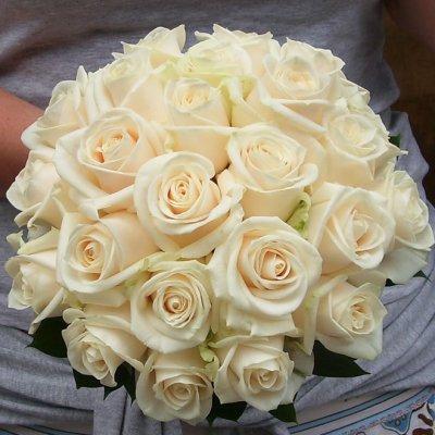 bouquet de mariee rond blog de fleursadomicilemariage. Black Bedroom Furniture Sets. Home Design Ideas