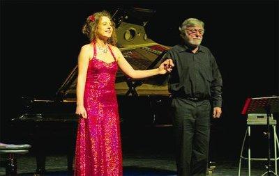 26 novembre 2011, Théâtre de la Madeleine à TROYES Natacha Llorca et Gérard Charroin, un récital d'excellence...
