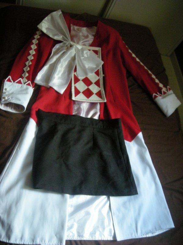 Je vens le cosplay d'Alice dans Pandorahearts à 40 euros!