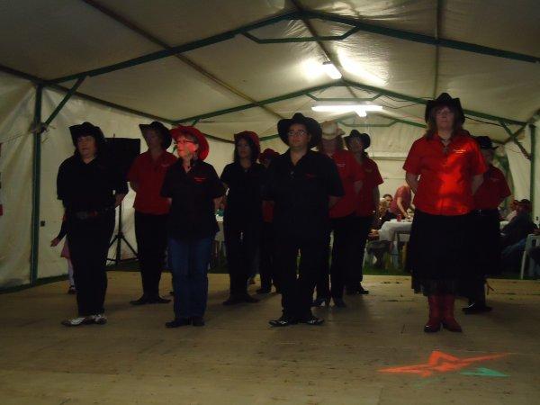 voiçi quelques photo de notre démonstrations à Vironchaux le 2 juin 2012 ,c'était génial on ces bien amuser ,et bravo les filles trés bien dancer