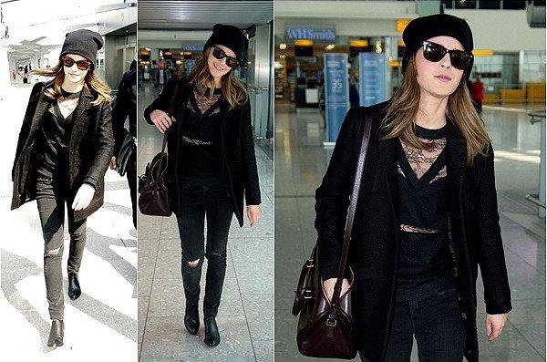 . _________20.04.2014 I TRIBECA _________Un peu plus tard dans la journée, nous retrouvons Emma cette fois-ci à l'aéroport de JFK à_________ _________New-York pour la retrouver le lendemain à celui de Heathrow à Londres. Tenue simple_________ _________mais tout de même superbe ! Vous pouvez aussi retrouver une photo promotionnelle de Naoh.
