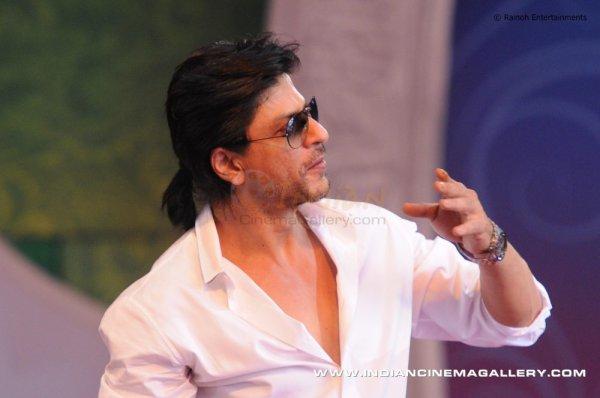 Shahrukh à l'inauguration de la salle d'exposition d'Emmanuel Silks (2)