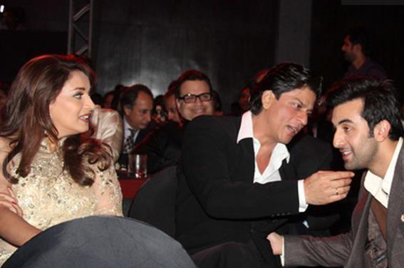 Shah Rukh Khan at Filmfare Nominations Night, 13 Jan.(2)