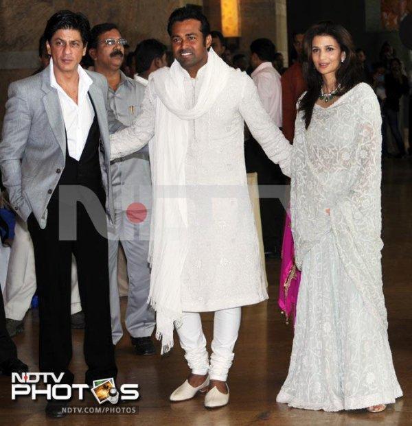 Shahrukh Khan au mariage de Riteish & Genelia le 3 Février