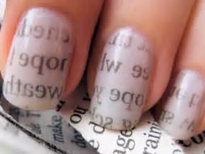 Nail Art - Newspaper